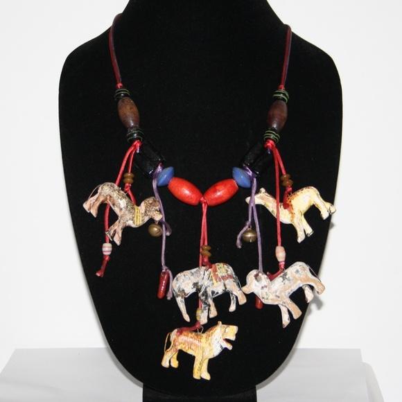 Vintage Jewelry - Vintage animal talisman necklace